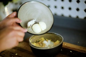 View More: http://hannahcummins.pass.us/deviled-eggs